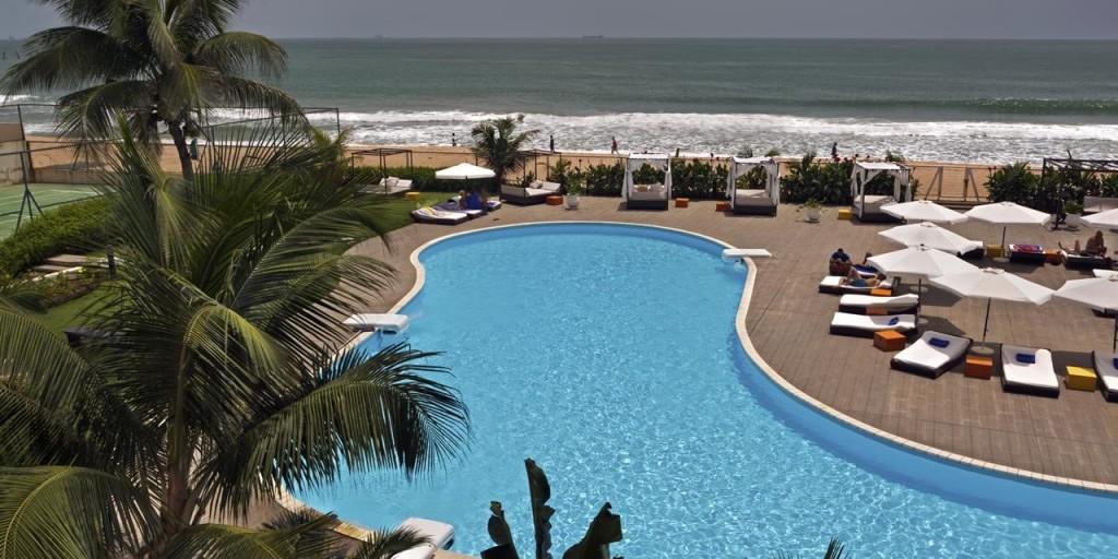 hi-res_azalai_cotonou_plage_piscine_4309